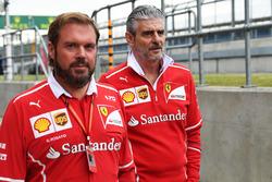 Gino Rosato, Ferrari; Maurizio Arrivabene, Ferrari-Teamchef