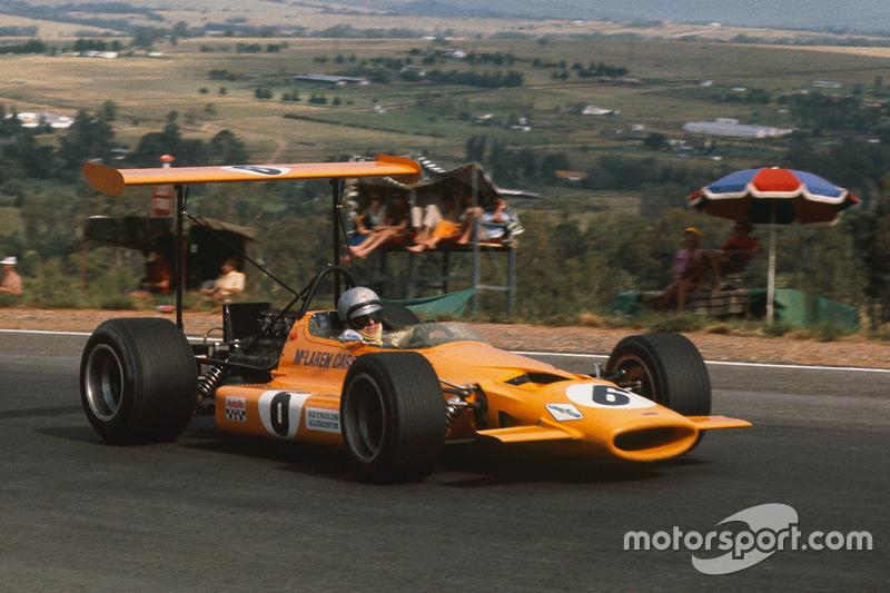 1969. McLaren M7B Ford