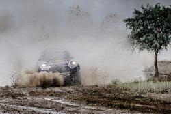 №105 X-Raid Team Mini: Брайс Менцис и Петер Мортенсен