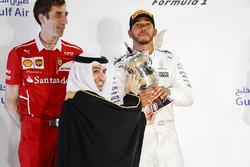 Matteo Togninalli, Chief Race Engineer, Ferrari, second place Lewis Hamilton, Mercedes AMG F1