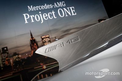 Mercedes-AMG Project One Lansman
