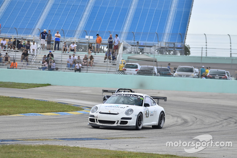#72 MP2A Porsche GT3 driven by Warren Cooper & Shane Lewis of MGM Motorsports