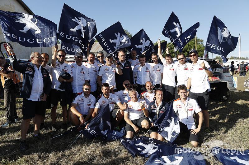 Peugeot Sport team