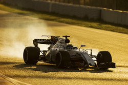 Felipe Massa, Williams FW40, una rueda se bloquea