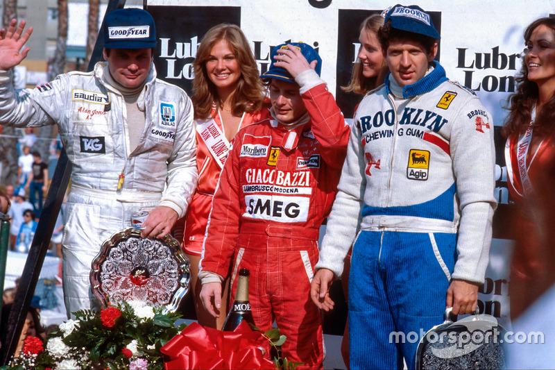 Gilles Villeneuve, primero, Jody Scheckter, segundo y Alan Jones, tercero