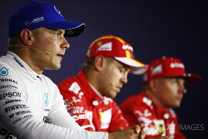 Conferencia de prensa: ganador de la pole Sebastian Vettel, Ferrari, segundo lugar Kimi Raikkonen, F