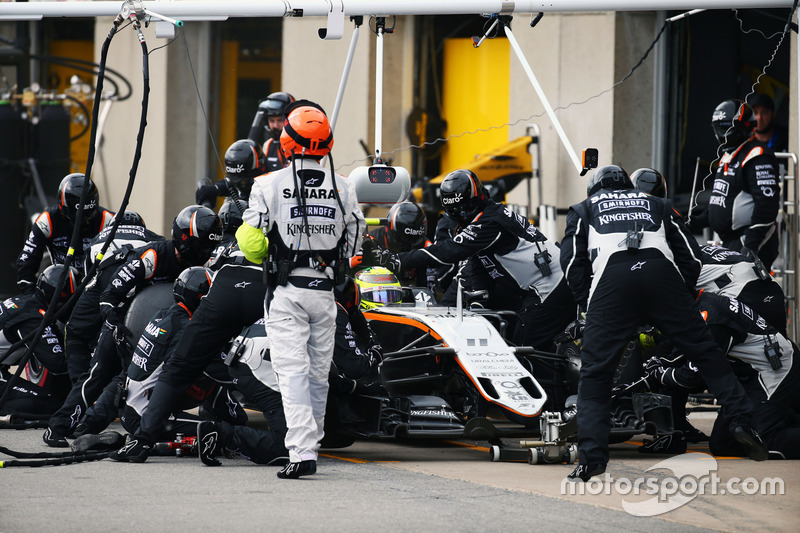 Серхіо Перес, Sahara Force India F1 VJM09, робить піт-стоп