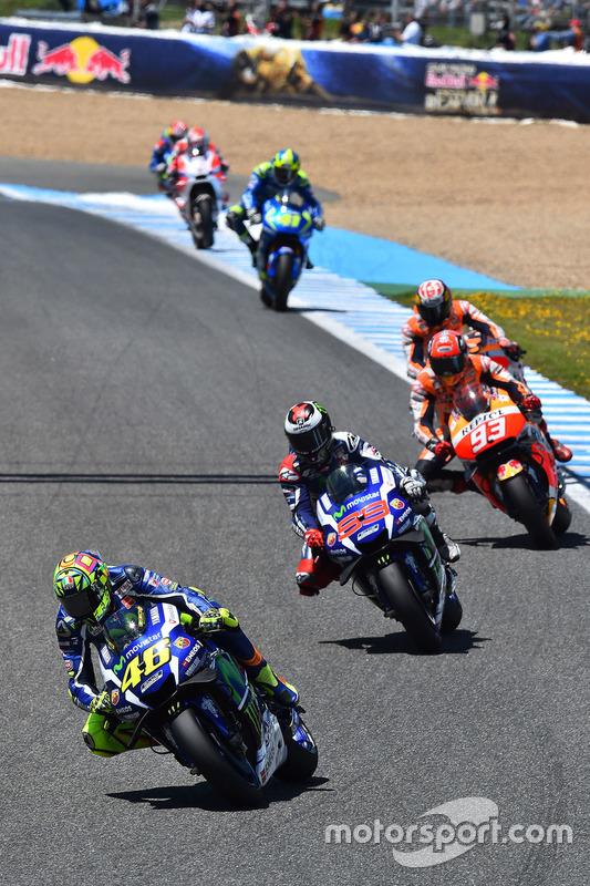 Valentino Rossi, Yamaha Factory Racing mène au départ
