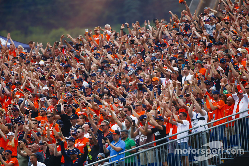 A large Dutch fan contingent present to support Max Verstappen, Red Bull Racing