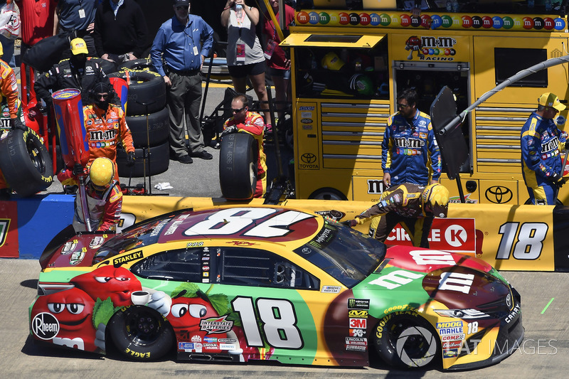 Kyle Busch, Joe Gibbs Racing, Toyota Camry M&M's Flavor Vote