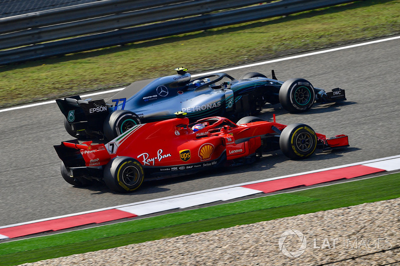 Кімі Райкконен, Ferrari SF71H, Валттері Ботас, Mercedes-AMG F1 W09 EQ Power+