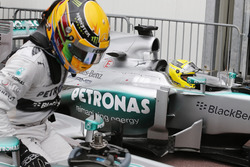 Lewis Hamilton and Nico Rosberg, Mercedes W04 arrive in parc ferme