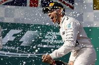 Podio: il vincitore della gara Lewis Hamilton, Mercedes AMG