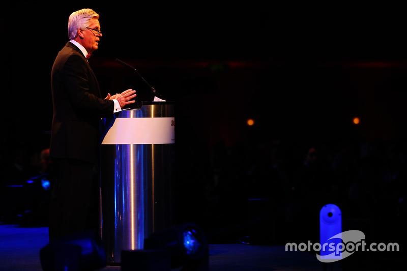 Steve Rider abre los Autosport Awards 2016