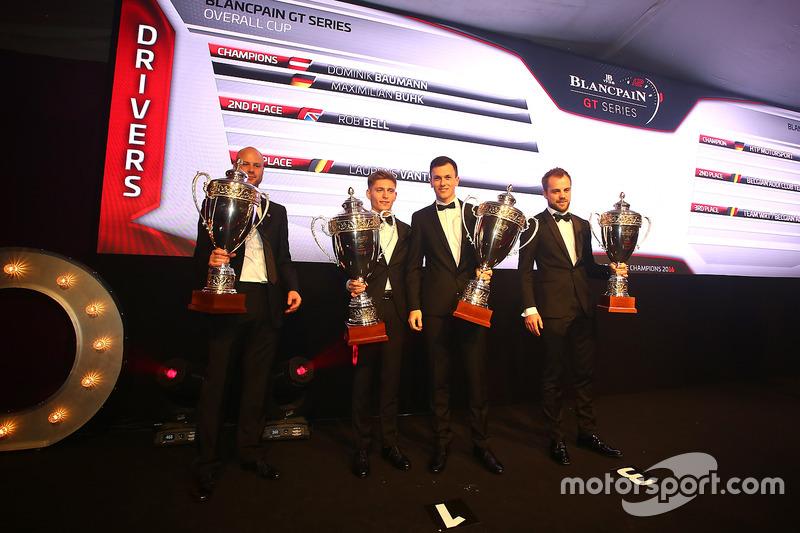 2016 Pilotos, Dominik Baumann, Maximilian Buhk, campeón, Rob Bell, segundo lugar, Laurens Vanthoor, tercer lugar