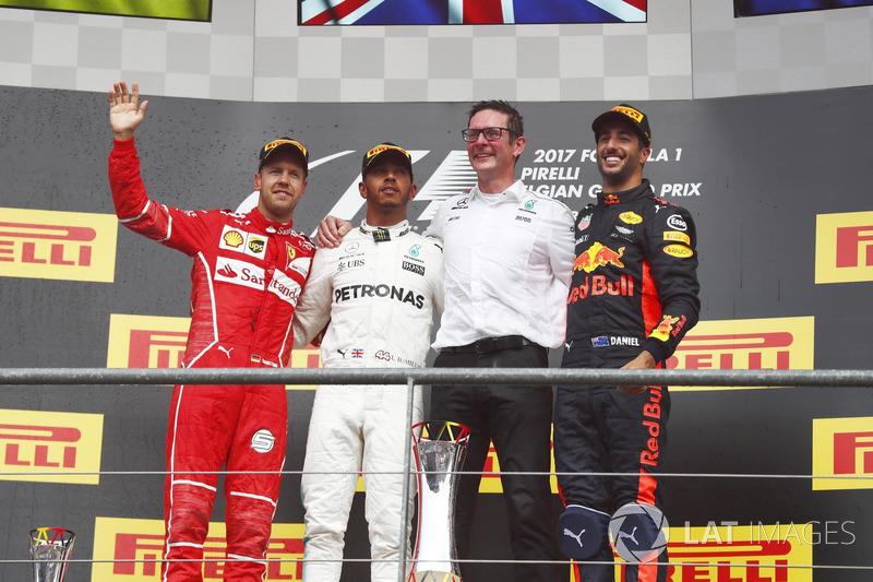 Podium: Race winner Lewis Hamilton, Mercedes AMG, second place Sebastian Vettel, Ferrari, third place Daniel Ricciardo, Red Bull Racing and Andrew Shovlin, Chief Race Engineer, Mercedes AMG