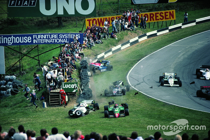 1984 - Accident pour Eddie Cheever, Philippe Alliot, Stefan Johansson, Jo Gartner au premier tour