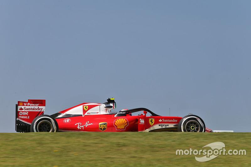 Кімі Райкконен, Ferrari SF16-H, із встановленим захистом кокпіту Halo