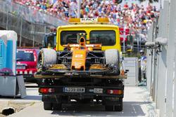 The car of Stoffel Vandoorne, McLaren MCL32 on a truck