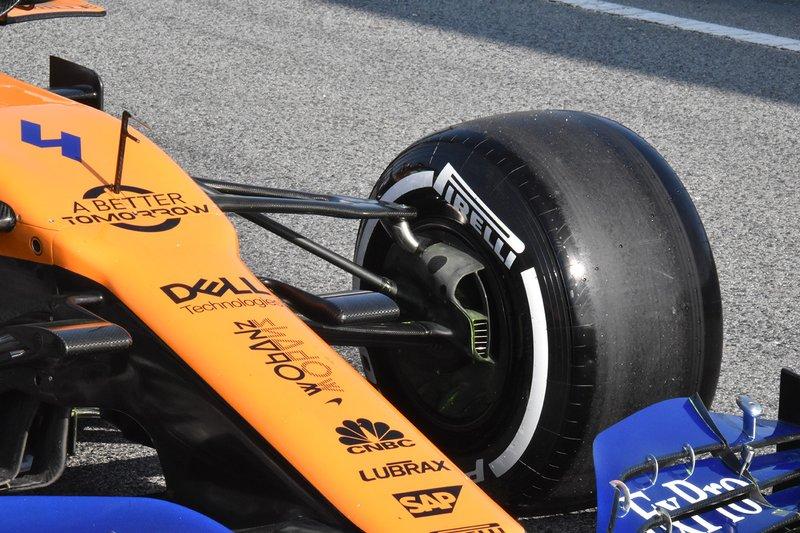 McLaren MCL34 detalle de la suspensión delantera