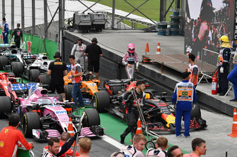 Esteban Ocon, Racing Point Force India, Parc Ferme