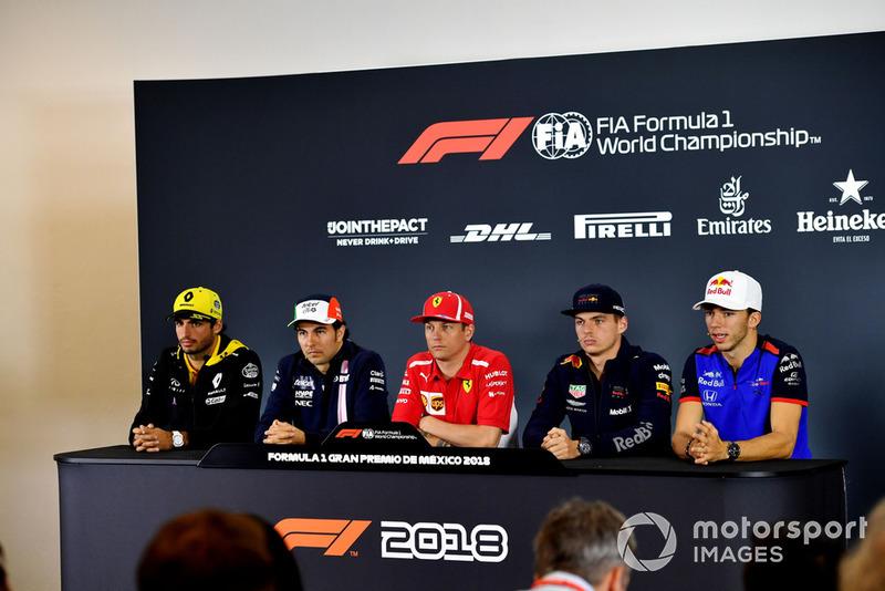 Carlos Sainz Jr., Renault Sport F1 Team, Sergio Perez, Racing Point Force India F1 Team, Kimi Raikkonen, Ferrari, Max Verstappen, Red Bull Racing et Pierre Gasly, Scuderia Toro Rosso, lors de la conférence de presse