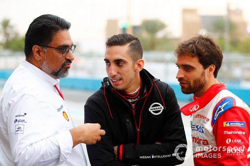 Dilbagh Gill, CEO, Team Principal, Mahindra Racing, with Sébastien Buemi, Nissan e.Dams, Jérôme d'Ambrosio, Mahindra Racing