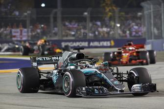 Lewis Hamilton, Mercedes AMG F1 W09 EQ Power+, leads Sebastian Vettel, Ferrari SF71H