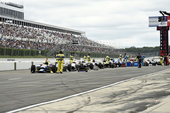 Rote Flagge in Pocono: IndyCars in der Boxengasse