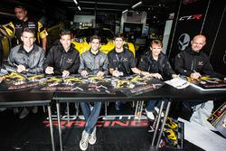 #64 Corvette Racing Chevrolet Corvette C7-R: Oliver Gavin, Tommy Milner, Jordan Taylor, #63 Corvette