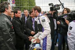 جون إريك فيرن، دي.أس فيرجن ريسينغ، مانويل فالس،رئيس الوزراء الفرنسى، أليخاندرو عجاج،رئيس الفورمولا إ