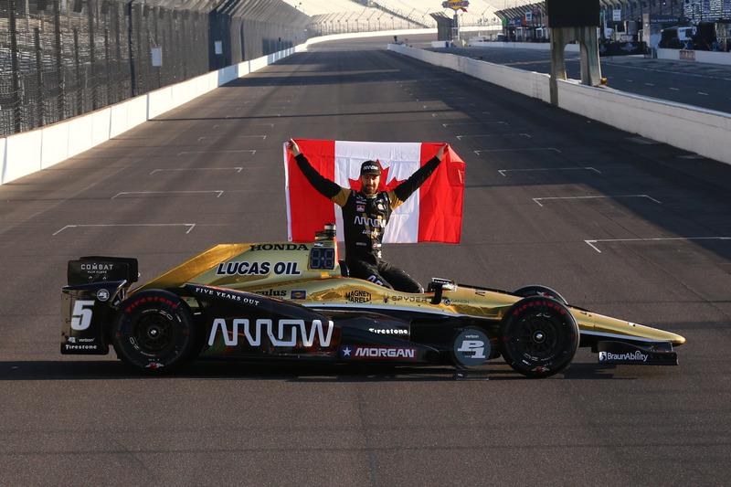 3. Gandor de la pole James Hinchcliffe, Schmidt Peterson Motorsports Honda