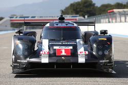 #1 Porsche Team, Porsche 919 Hybrid: Timo Bernhard, Mark Webber, Brendon Hartley; #2 Porsche Team, P