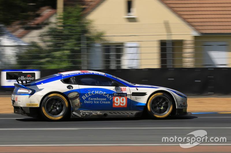 Superior Ordinaire #99 Aston Martin Racing Aston Martin Vantage: Andrew Howard, Gary  Hirsch,