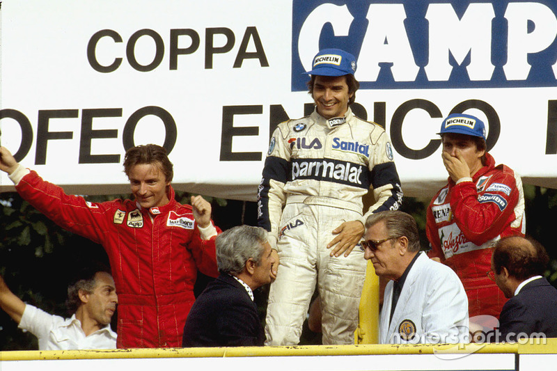 Podium: race winner Nelson Piquet, Brabham BMW, second place René Arnoux, Ferrari, third place Eddie Cheever, Renault