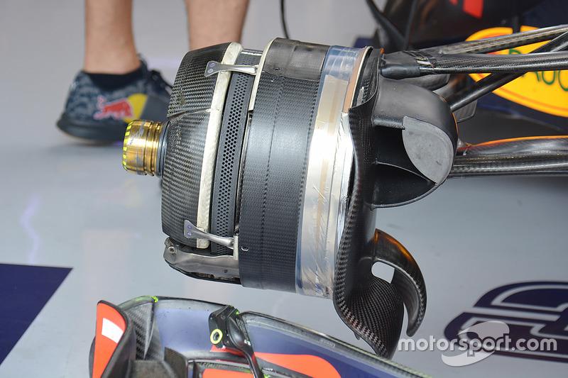 Red Bull RB12: Vorderradbremse