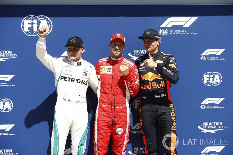Valtteri Bottas, Mercedes-AMG F1, il poleman Sebastian Vettel, Ferrari e Max Verstappen, Red Bull