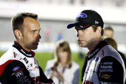 Brad Keselowski, Team Penske Ford Fusion avec son crew chief Paul Wolfe
