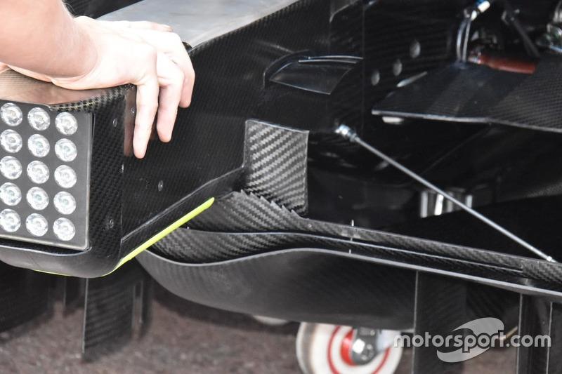 Detalle trasero Mercedes-AMG F1 W09
