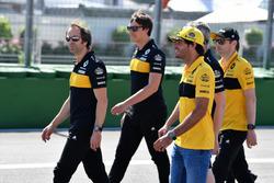 Carlos Sainz Jr., Renault Sport F1 Team pist yürüyüşü