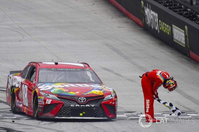 2018, Bristol 1: Kyle Busch (Gibbs-Toyota)