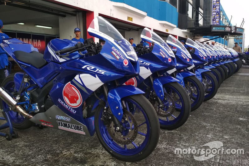 All New R15 Idemitsu Junior Pro