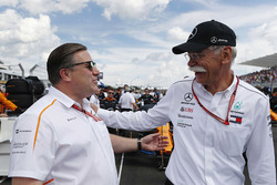 Zak Brown, Executive Director, McLaren Technology Group, and Dr Dieter Zetsche, CEO, Mercedes Benz, on the grid