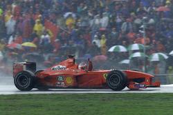 Race winner Rubens Barrichello, Ferrari F1 2000