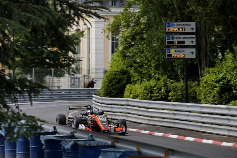 David Beckmann, Van Amersfoort Racing, Dallara F317 - Mercedes-Benz