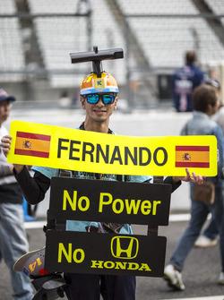 مُشجع لفرناندو ألونسو، مكلارين هوندا