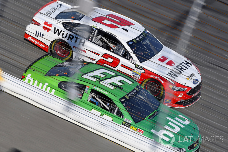 Brad Keselowski, Team Penske Ford, Jeffrey Earnhardt, Circle Sport – The Motorsports Group Chevrolet