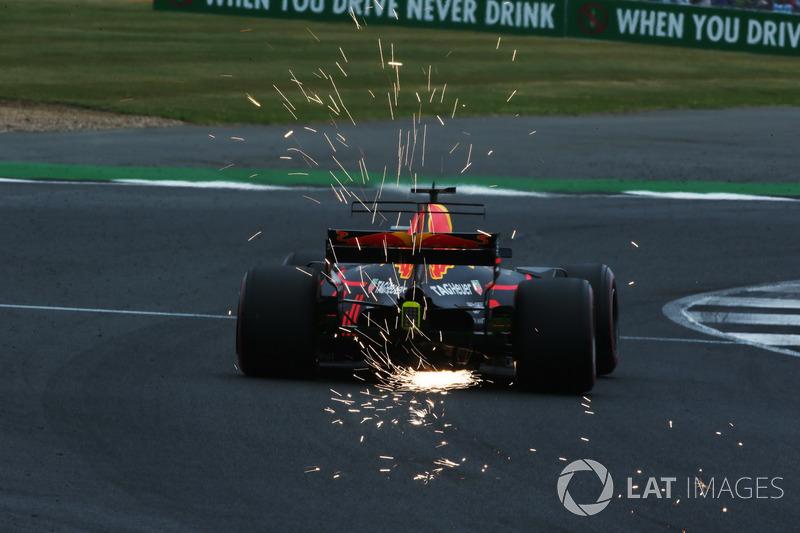 Даніель Ріккардо, Red Bull Racing RB13, іскрить