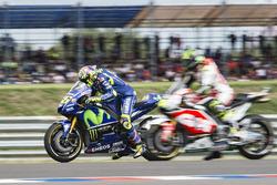 Valentino Rossi, Yamaha Factory Racing,  inicio de la práctica
