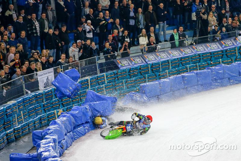 Падение Стефана Свенссона и Ханса Вебера